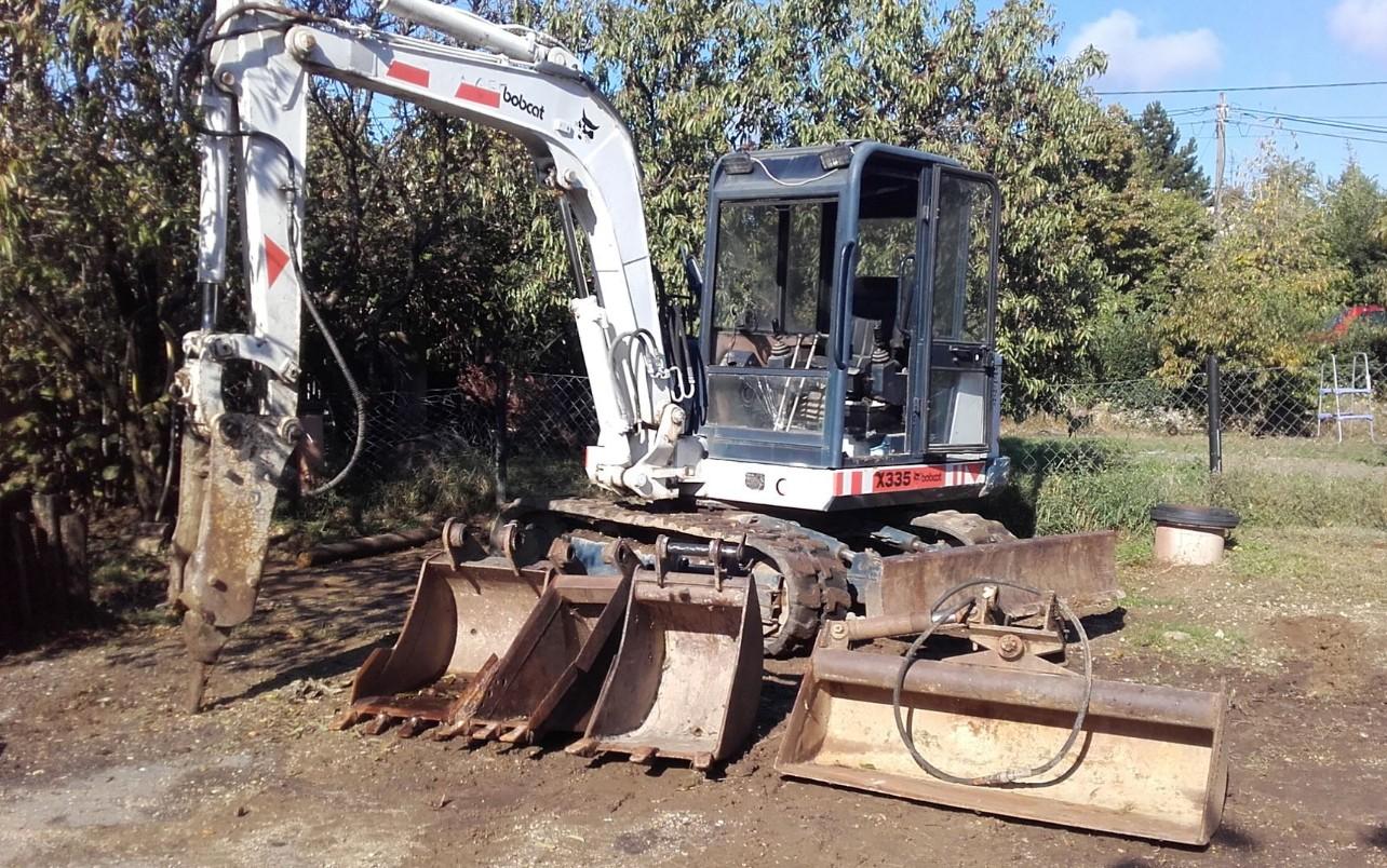 Gépi földmunka, Termőföld szállítás - Pusztai Földmunka