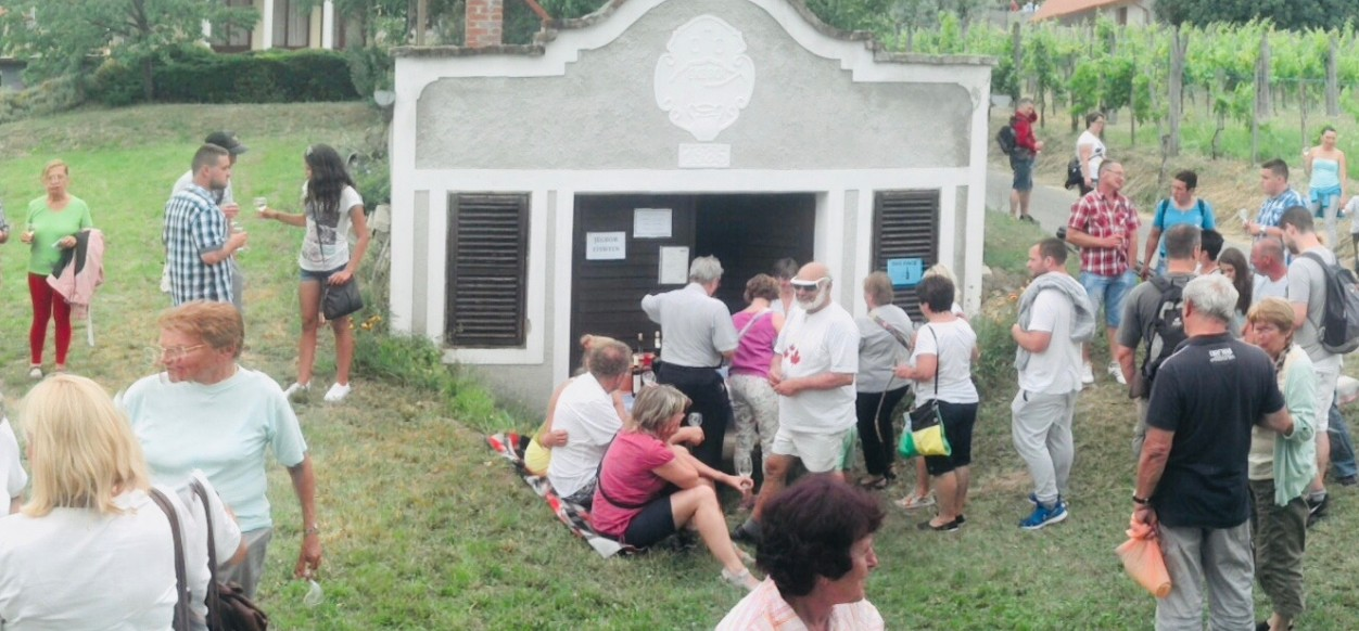 Eke Pincészet - Termelői bor, Borkimérés
