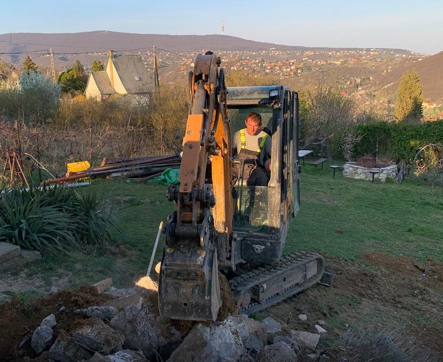 Gépi földmunka és fuvarozás Pécs